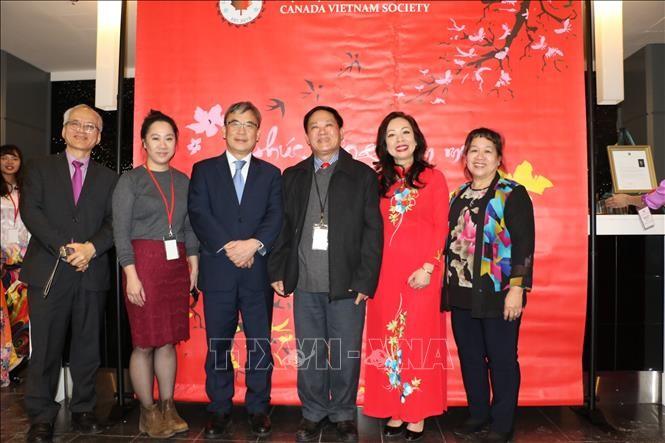 Primer ministro de Canadá ensalza contribuciones de los vietnamitas en su país - ảnh 1