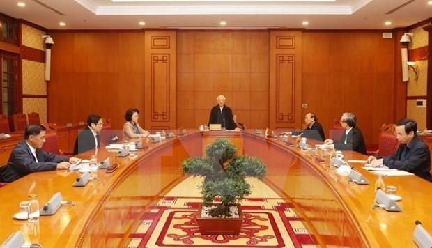 Máximo líder de Vietnam orienta preparativos para el XIII Congreso Nacional del Partido Comunista  - ảnh 1