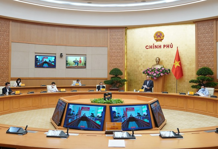 Ciudades importantes de Vietnam refuerzan medidas de cuarentena frente al Covid-19 - ảnh 1