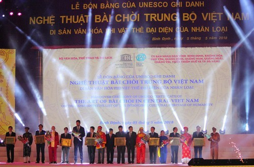 Los patrimonios culturales intangibles de la Unesco con su mayor alcance en distintas regiones vietnamitas - ảnh 2