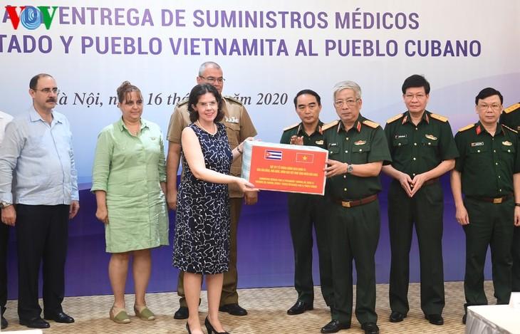 Vietnam y Cuba promueven apoyo mutuo frente al covid-19 - ảnh 1