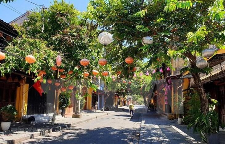 Casco antiguo de Hoi An aplicará distanciamiento social hasta el 14 de agosto - ảnh 1