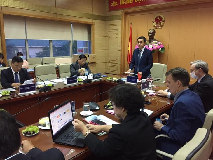 Vietnam y Estados Unidos colaboran en tratamiento de enfermedad renal en medio del covid-19  - ảnh 1