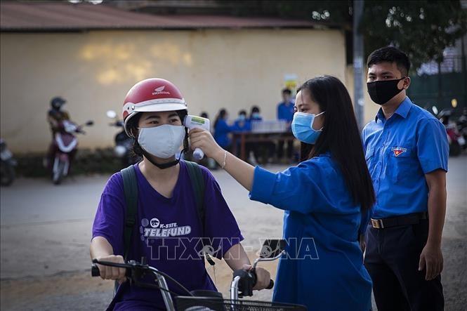 Reconocidos aportes de asociación estudiantil a temporada de exámenes de 2020 en Vietnam - ảnh 1