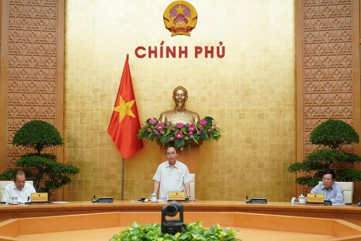 Vietnam logra resultados iniciales prometedores contra el rebrote del covid-19, afirma premier - ảnh 1