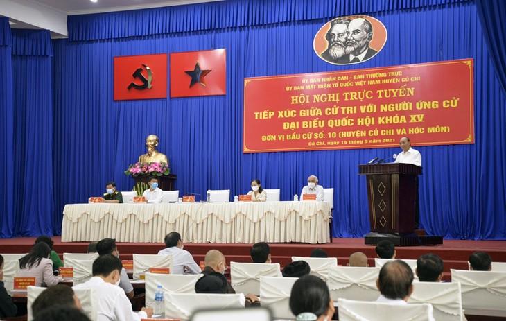 El presidente de Vietnam orienta el desarrollo de Ciudad Ho Chi Minh - ảnh 1