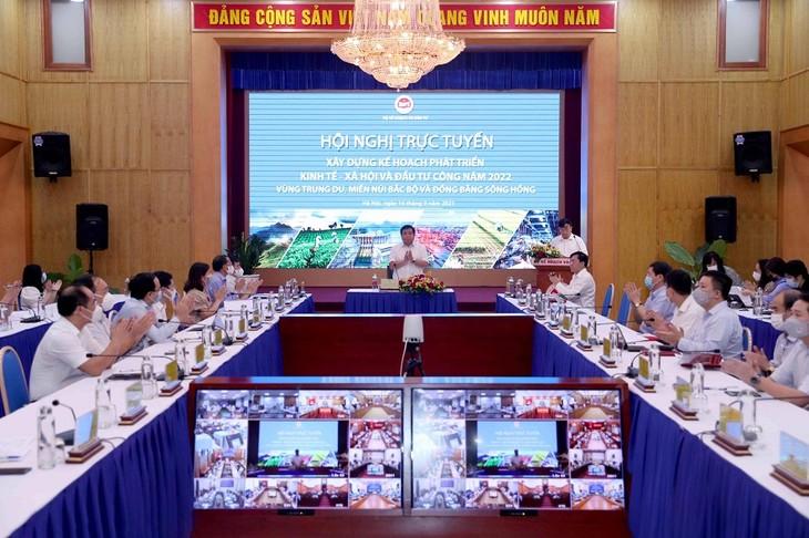 Vietnam considera tarea urgente la recuperación económica posterior a la pandemia del covid-19  - ảnh 1