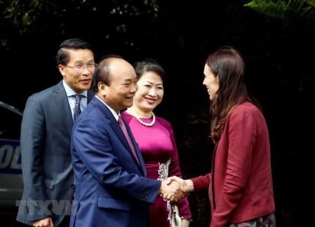 Primer ministro de Vietnam concluye su visita oficial a Nueva Zelanda  - ảnh 1