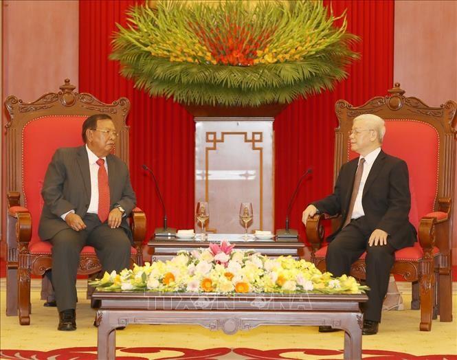 Presidente de Vietnam recibe a homólogo laosiano - ảnh 1