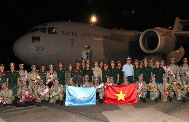 Retornan al país misioneros vietnamitas de mantenimiento de la paz de la ONU - ảnh 1