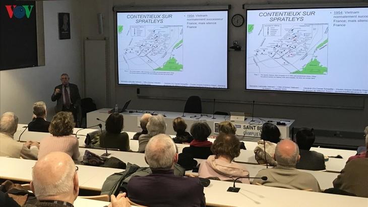 Celebran seminario sobre el Mar del Este en Francia - ảnh 1