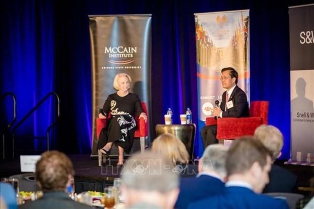 Embajador vietnamita en Estados Unidos visita estado de Arizona  - ảnh 1