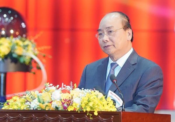 Premier de Vietnam dirige sesión especial sobre la lucha contra el Covid-19 - ảnh 1