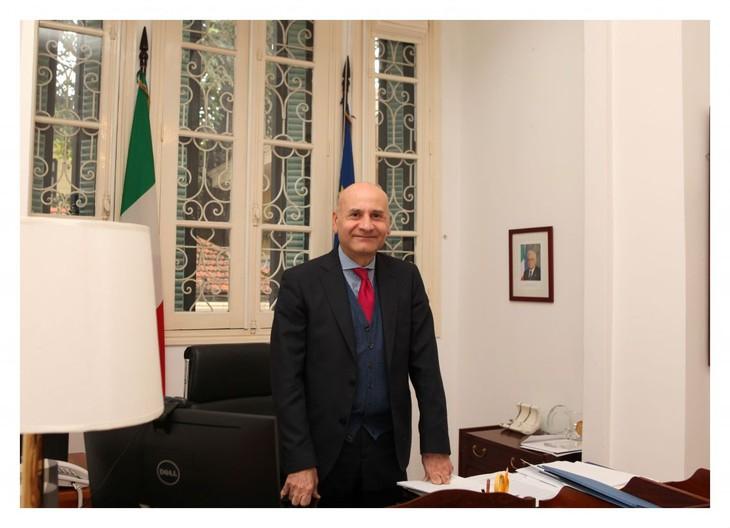 Embajador italiano aprecia ayuda vietnamita en combate contra coronavirus - ảnh 1