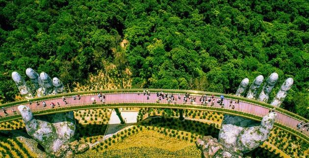 Puente Dorado de Da Nang, uno de los más bellos del mundo - ảnh 10