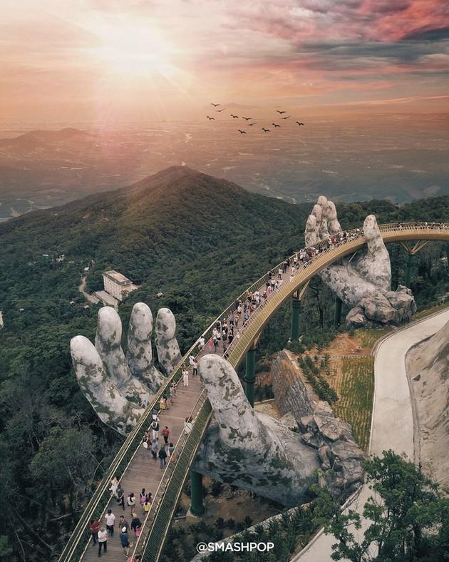 Puente Dorado de Da Nang, uno de los más bellos del mundo - ảnh 1