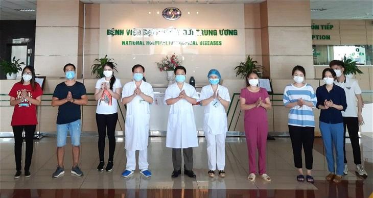 Curadas ocho personas más con coronavirus en Vietnam - ảnh 1