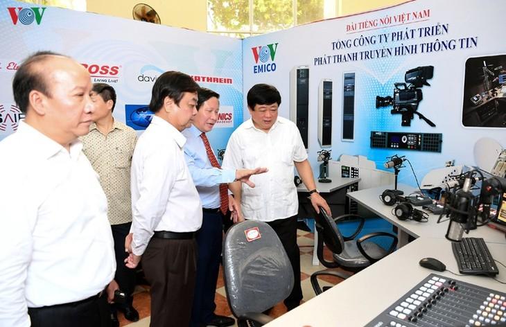 Inauguran Exposición de Tecnología y Equipos de Radiodifusión - ảnh 1