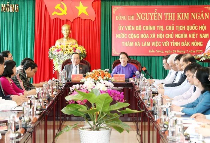 Jefa parlamentaria vietnamita pide a Dak Nong acatar las orientaciones sobre asuntos étnicos - ảnh 1