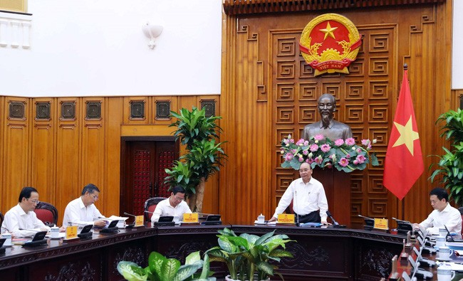 Premier de Vietnam trabaja con autoridades de provincia sureña - ảnh 1