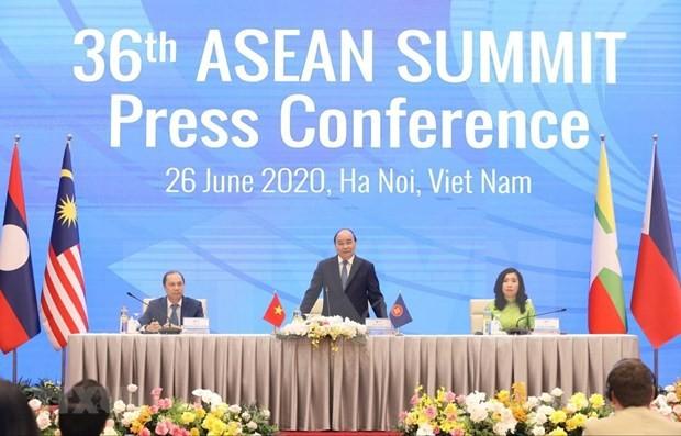 Vietnam es un miembro activo en la construcción de la Comunidad de la Asean, afirma experto internacional - ảnh 1