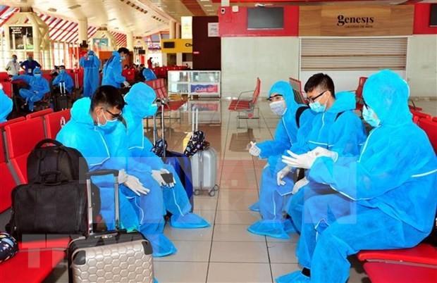 Más ciudadanos vietnamitas repatriados desde ultramar - ảnh 1