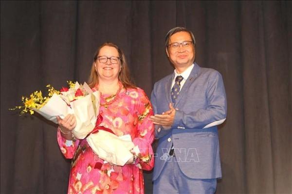 Celebran 25 aniversario del establecimiento de las relaciones diplomáticas entre Vietnam y Estados Unidos - ảnh 1