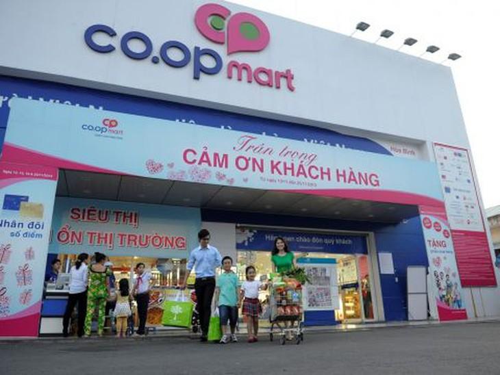 Ciudad Ho Chi Minh estimula el consumo en medio de impactos del covid-19  - ảnh 1