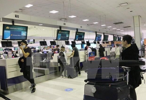 Más de 340 ciudadanos vietnamitas repatriados desde Australia - ảnh 1