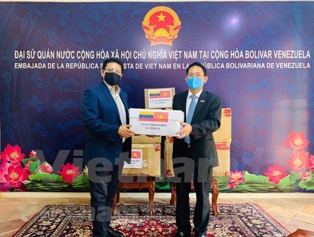 Covid-19: Vietnam entrega materiales sanitarios a Venezuela - ảnh 1