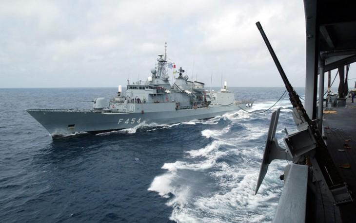 Cinco países realizan maniobras militares en el Mediterráneo oriental - ảnh 1