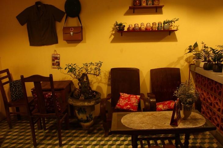 La cafeteria que guarda el recuerdo del antiguo Hanói - ảnh 4