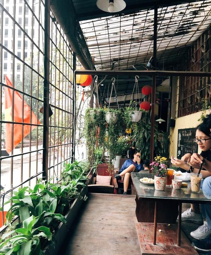 La cafeteria que guarda el recuerdo del antiguo Hanói - ảnh 3