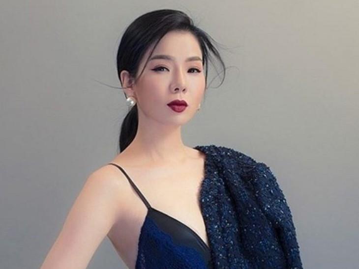 Le Quyen, ícono de la balada romántica vietnamita - ảnh 1