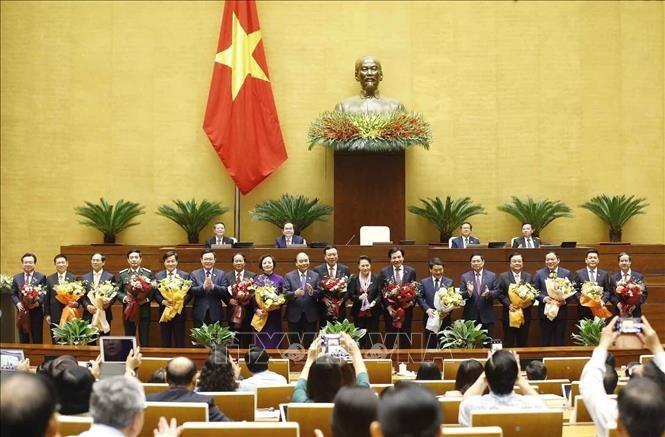Nuevos dirigentes vietnamitas continúan recibiendo cartas de felicitación  - ảnh 1