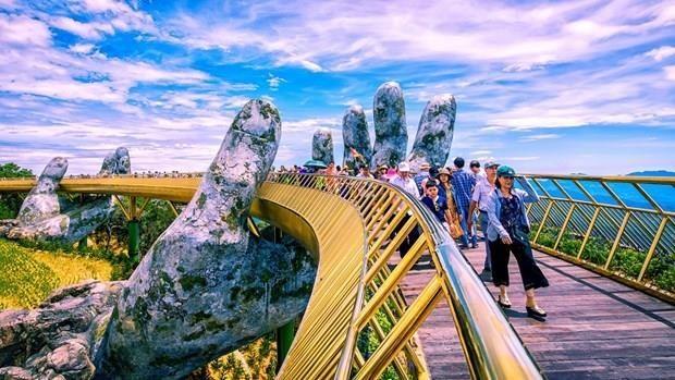 Sector turístico de Vietnam espera retorno de turistas en próximas vacaciones - ảnh 1