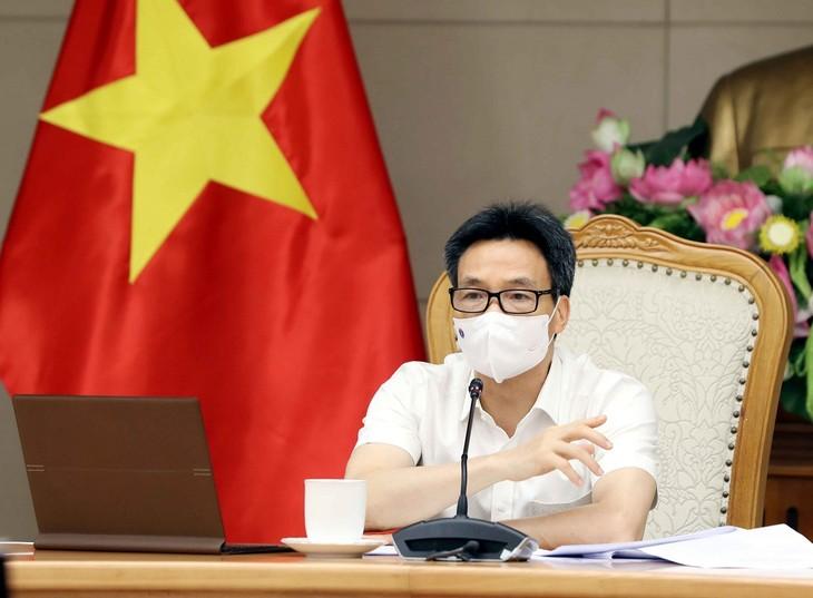 Vicepremier vietnamita insta a las localidades a realizar más pruebas de covid-19 - ảnh 1
