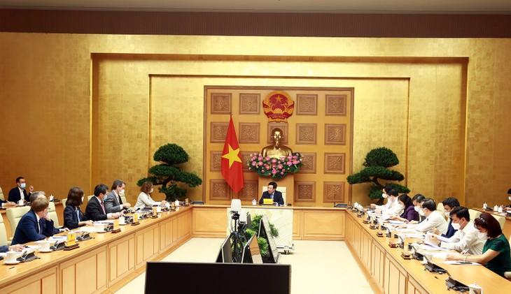Viceprimer ministro de Vietnam se reúne con 6 bancos de desarrollo  - ảnh 1