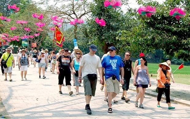 Debaten medidas para atraer turistas españoles a Vietnam en un nuevo contexto  - ảnh 1