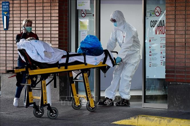 肺炎疫情:西班牙和意大利的肺炎疫情蔓延速度呈现放缓迹象 - ảnh 1