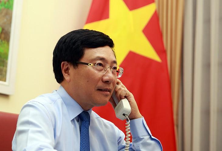 越南愿与挪威分享经验 配合抗击疫情 - ảnh 1
