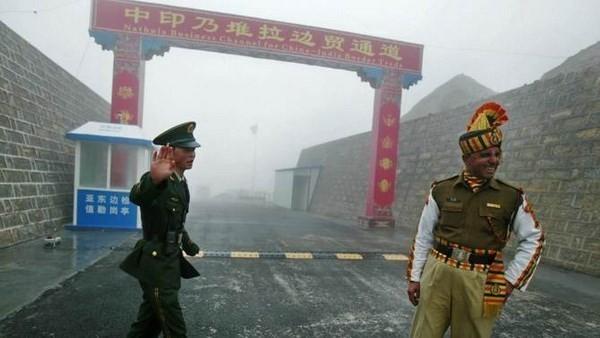 印度和中国从实际控制线的3个地点撤军 - ảnh 1