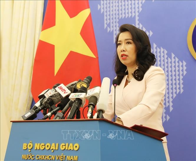 越南基于遵守各项新冠肺炎疫情防控措施逐步恢复正常出行 - ảnh 1