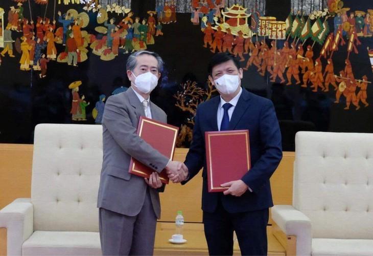 越南接收50万剂中国医药集团Vero-Cell疫苗 - ảnh 1