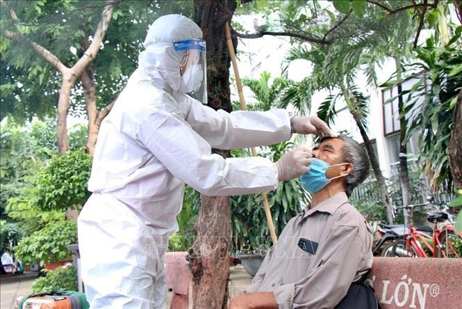 10月8日越南新增4806例新冠肺炎确诊病例 - ảnh 1