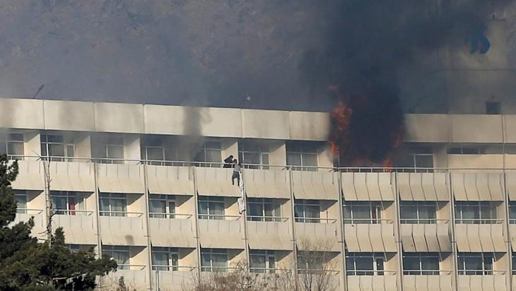 Afghanistan: attaque meurtrière contre l'hôtel Intercontinental de Kaboul - ảnh 1