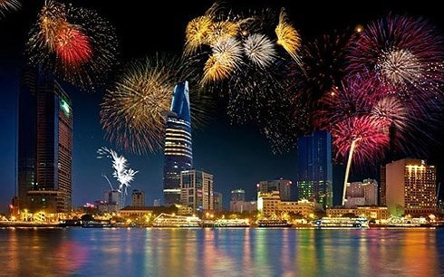 Ouverture du festival international de pyrotechnie de Dà Nang - ảnh 1