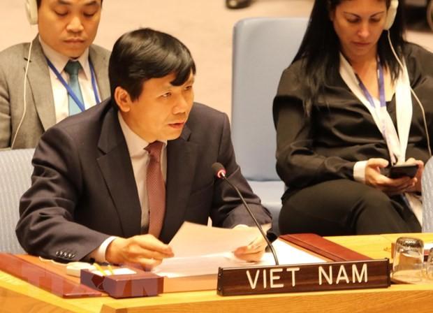 Le Vietnam représente l'ASEAN à une réunion de l'ONU sur la protection des civils  - ảnh 1