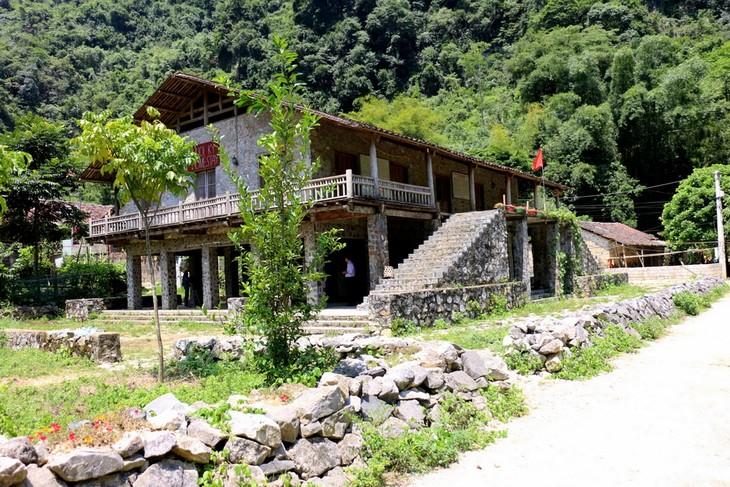 Khuôi Ky, le village des maisons sur pilotis en pierre - ảnh 1