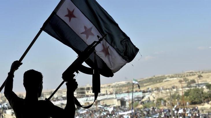 Syrie: la Russie et la Turquie cherchent à désamorcer la crise d'Idlib - ảnh 1
